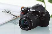 Продам NIKON D40 kit AF-S DX Zoom-Nikkor 18-55mm f/3.5-5.6G ED II