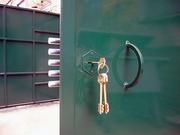 Ремонт  дверей, ворот.Установка, врезка замков , калиток.Мобильная сварка