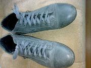зимние ботинки натуральный мех и кожа. продаю потому что не подошёл цв