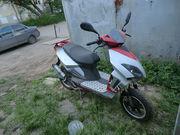Продаю скутер Stels Vortex 150 + запчасти и аксессуары
